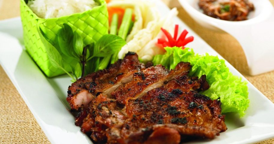 Guy Yang (Chiang Mai Grilled Chicken) |