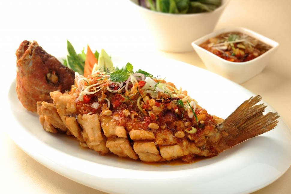 Pla Rad Prik Yum Ma Muang Crispy Whole Fish With Thai Chilli Sauce